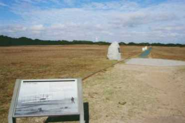 Schauplatz des ersten Motorflugs: die Kill Devil Hills in den Dünen vor North Carolina. (c) Ulrich Pfaffenberger