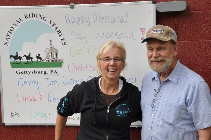 """Terry und John Latschar haben die """"National Riding Stables"""" in Gettysburg gegründet. (c) Ulrich Pfaffenberger"""